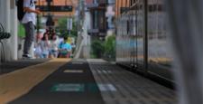 東急世田谷線 松原駅 乗降車 305F チェリーレッド